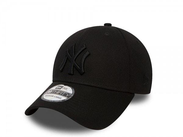 New Era New York Yankees League Basic Black on Black Stretch Fit 39Thirty Cap