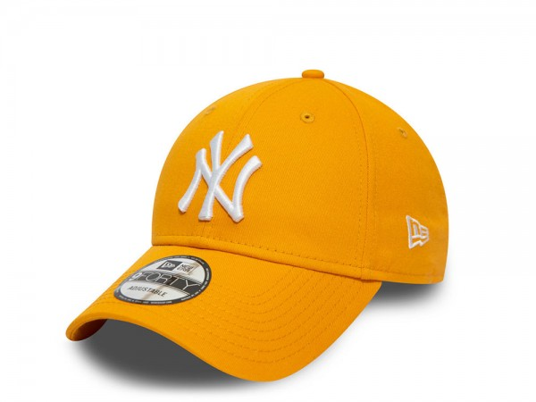 New Era New York Yankees Yellow Essential 9Forty Strapback Cap
