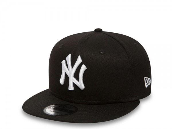 New Era New York Yankees Black and White 9Fifty Snapback Cap